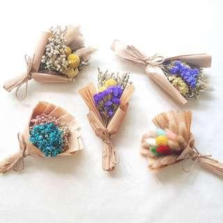 Mini Dried Flower Bouquet | Wedding Favor