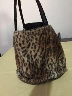Bucket Bag (animal print)
