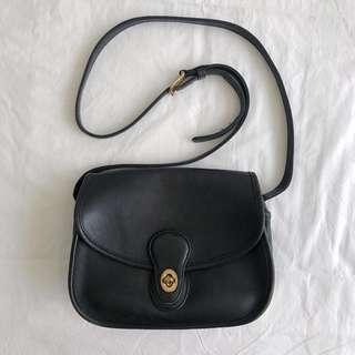Authentic Vintage COACH Crossbody Leather Bag