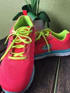 Skechers Sport Shoes