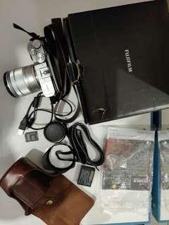 Fujifilm XA3 bonus leather case