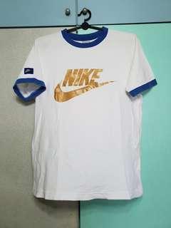 🚚 Nike Tee