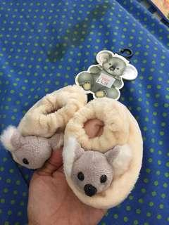 New with tag koala booties