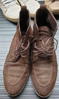 Massimo Dutti suede formal boots