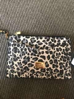 Collette clutch wallet