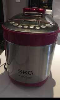 SKG Breadmaker