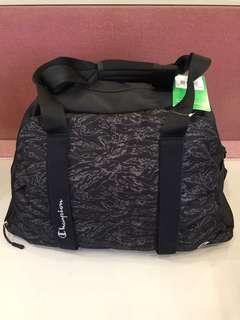 Champion athletic duffel bag (Europe version)