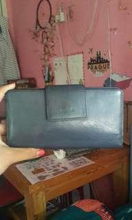 Dompet navy fossil