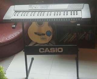 NEGOTIABLE PRICE- Vintage Casio portable keyboard (CTK- 100) with original stand