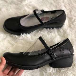 Skechers Women Leather Shoes