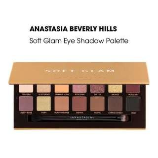 🚚 BNIB AUTHENTIC ABH Anastasia Beverly Hills Soft Glam Eyeshadow Palette INSTOCK with Sephora sticker and expiry date