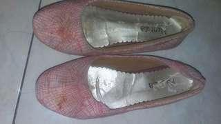 Fuerza flat shoes