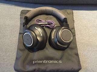Plantronics bluetooth wireless noise cancelling heaphone