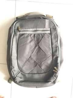 Caselogic Laptop Bagpack