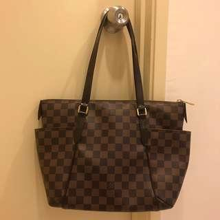 LV Louis Vuitton Totally PM