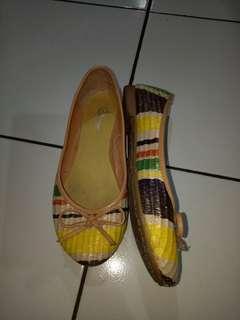 Donatello flat shoes size 36