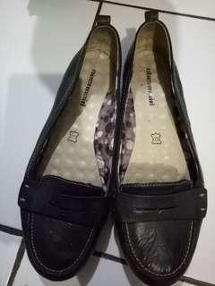 Obermain flat shoes (very good condition)