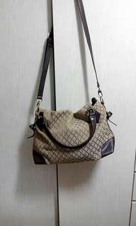 Women's handbag (織花布藝手袋)