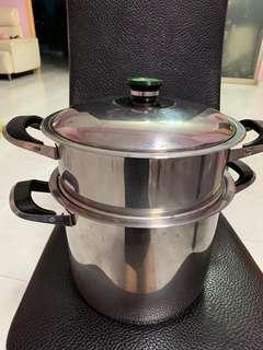Cooking pot and steamer