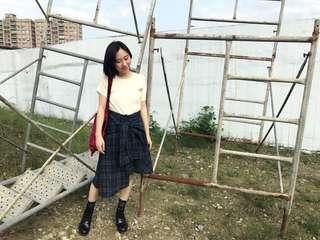 🚚 秋冬❄️ 格紋襯衫造型 綁腰 襯衫裙 不規則下擺及膝裙 深藍 格紋 格子