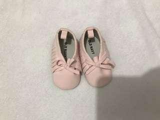 Baby shoes! (0-3M)