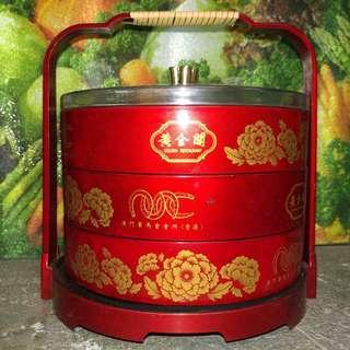 三層全盒 - 黃金閣- 澳門賽馬會會員會所 Macau Jockey Club Members' Club House