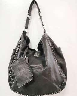 Le Saunda leather hobo chain bag