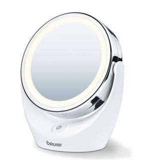 BEURER Cosmetics Mirror. Illuminated Mirror with LED Light