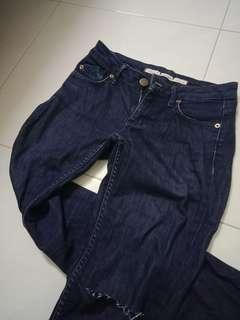 Dark Blue Denim Skinny Jeans Ripped knee