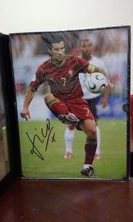 葡萄牙費高 (Luis Figo) 7號球衣親筆簽名相(約12R), 折讓出售!