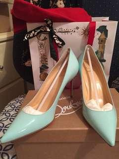 Christian Louboutin décolleté 37.5 Brand New bought Westfield sydney