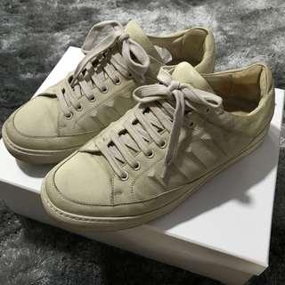Givenchy Sneakers 👟
