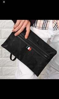 🚚 ✔️INSTOCK! Urban Camoflauge Portable Mens Black Camo Clutch Bag - Camo Power Bank Bag - Mens passport pouch clutch bag