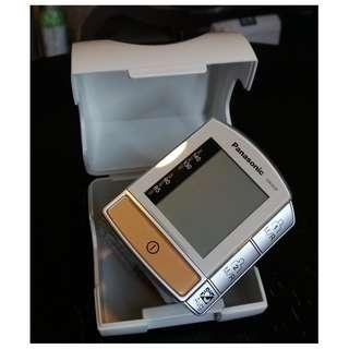 Panasonic Diagnostec Wrist Blood Pressure Monitor Ew3039  樂聲牌手腕式血壓計 85%新
