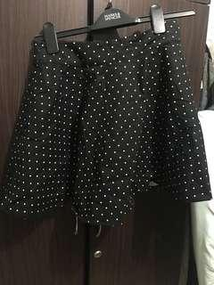 INSTOCK - Polka dot Skirt With Zipper (From LALU)