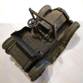 我小學時用過嘅,香港制造1917年欵老爺車鉛筆刨。