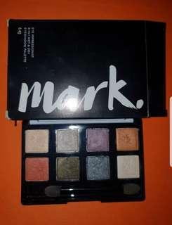 Avon Mark eyeshadow palette