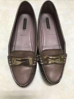 LV 鞋 38