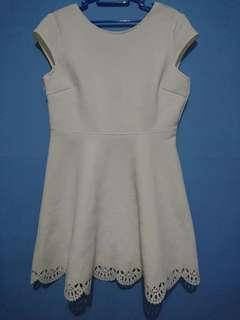 Mini dress putih #prelovedwithlove size L chic simple like new