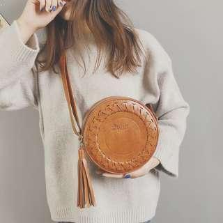 Tassel circle slingbag