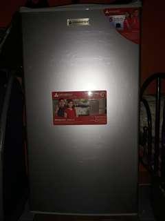 Hanabishi personal refrigerator FOR SALE!!!