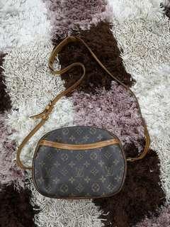 LV blois handbag