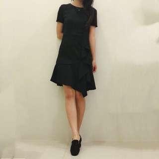 🚚 全新 黑色魚尾設計感小洋裝