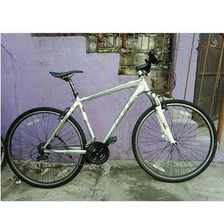 FELT ALLOY HYBRID (FREE DELIVERY AND NEGOTIABLE!) not folding bike