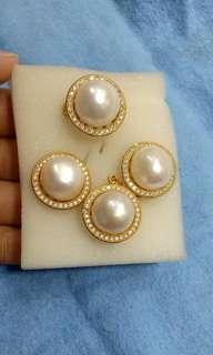 Original pearls / FRESH WATER PEARLS SET with micron settings