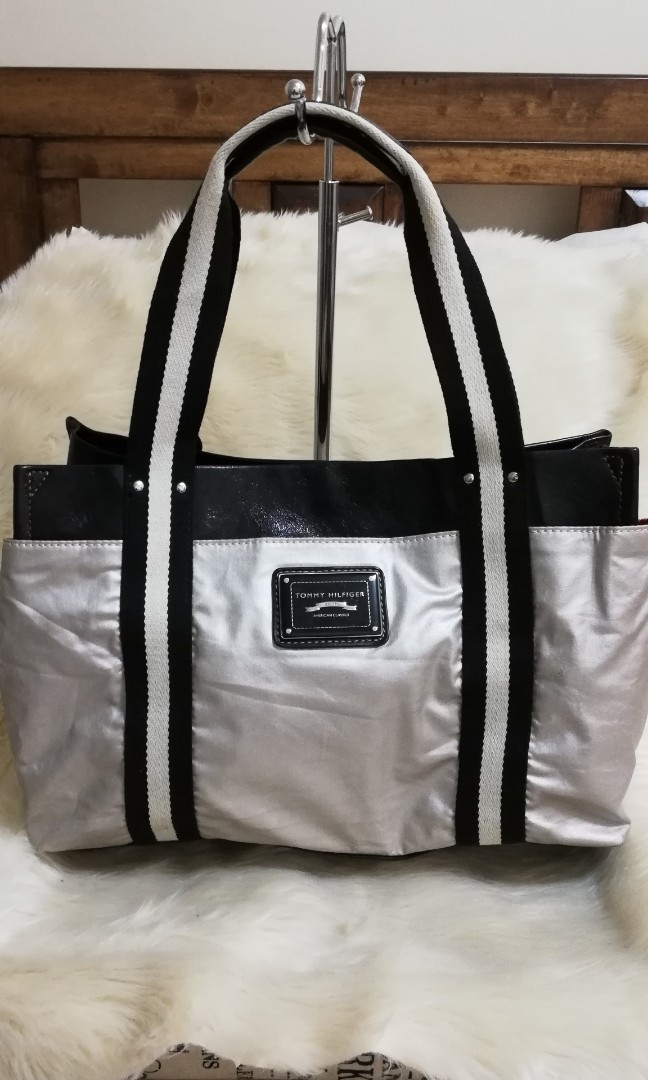 64073f6e REPRICED💓AUTHENTIC TOMMY H. ICONIC SILVER METALLIC TOTE BAG ...