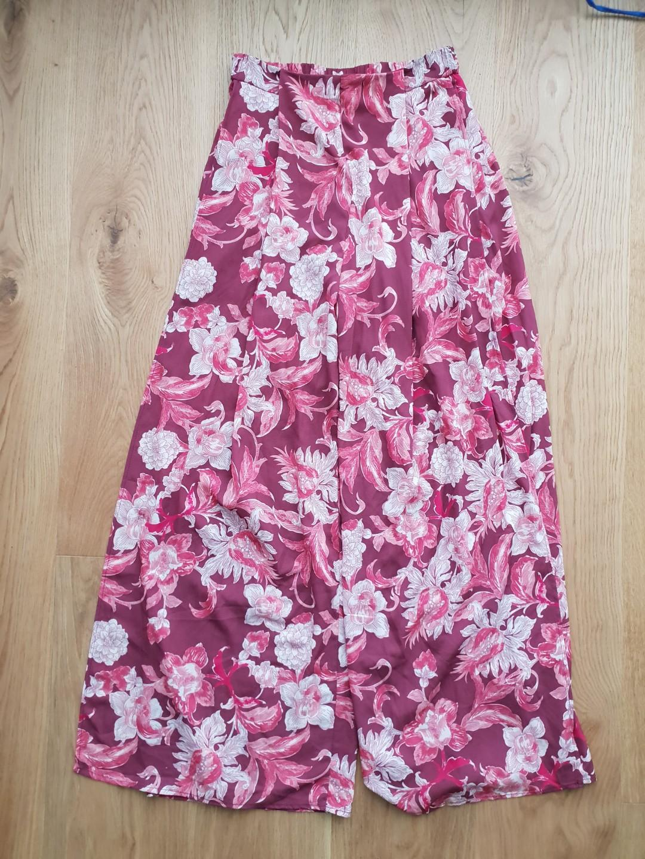 BNWT floral pants sz 8/S