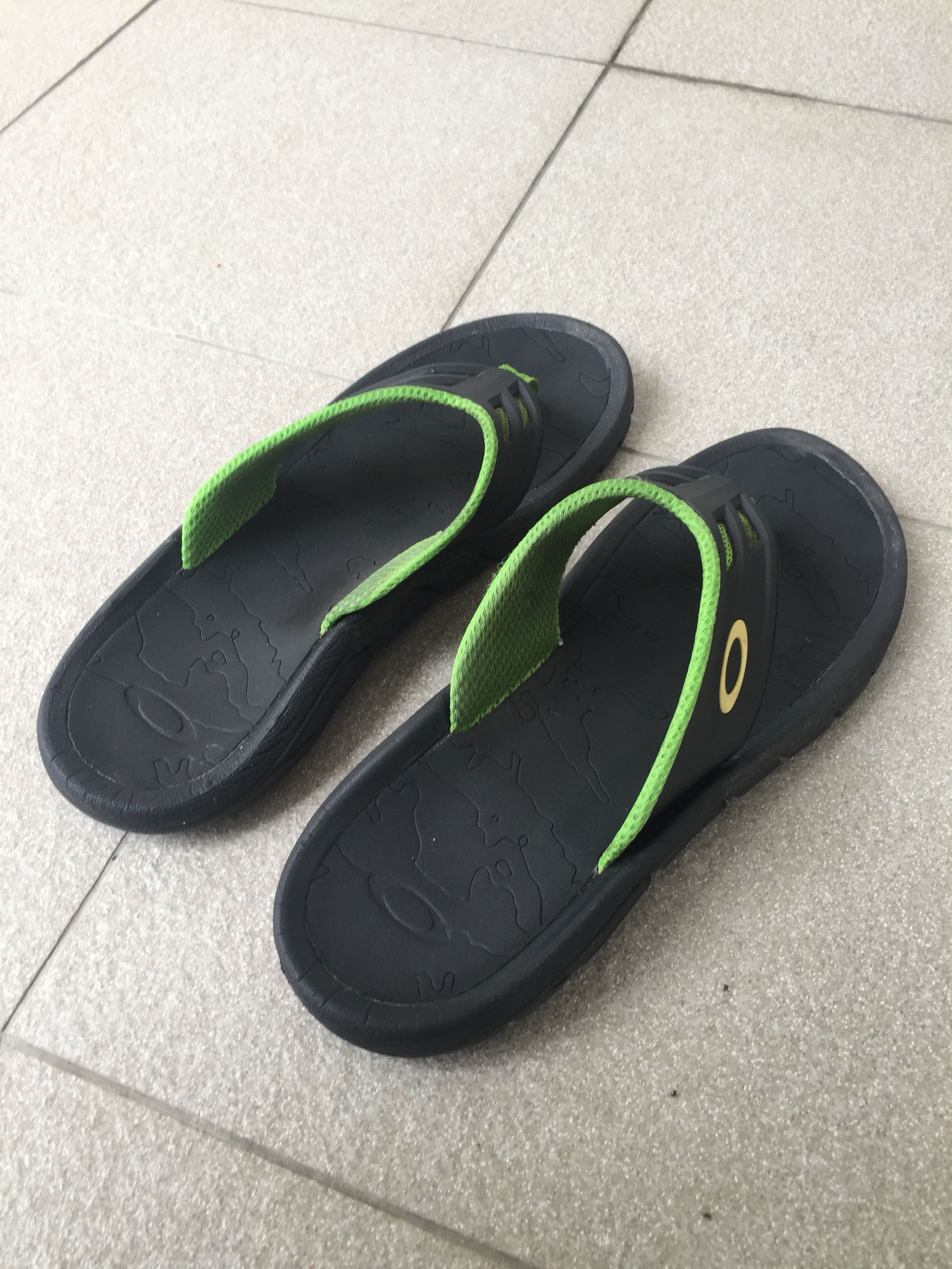 7476abf9d8ce Oakley supercoil slippers
