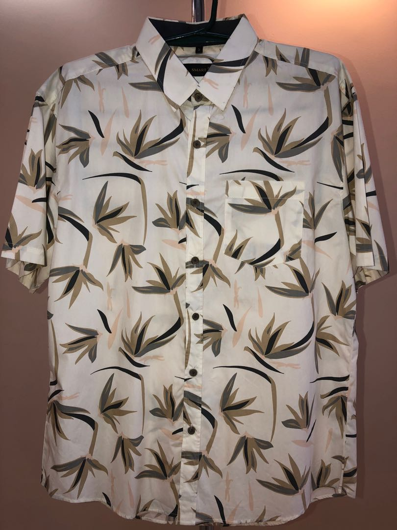 590a5e28 Unisex Shirt Size XL Leaves, Men's Fashion, Clothes, Tops on Carousell