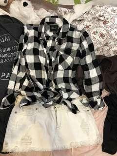 🚚 A&F 白短裙